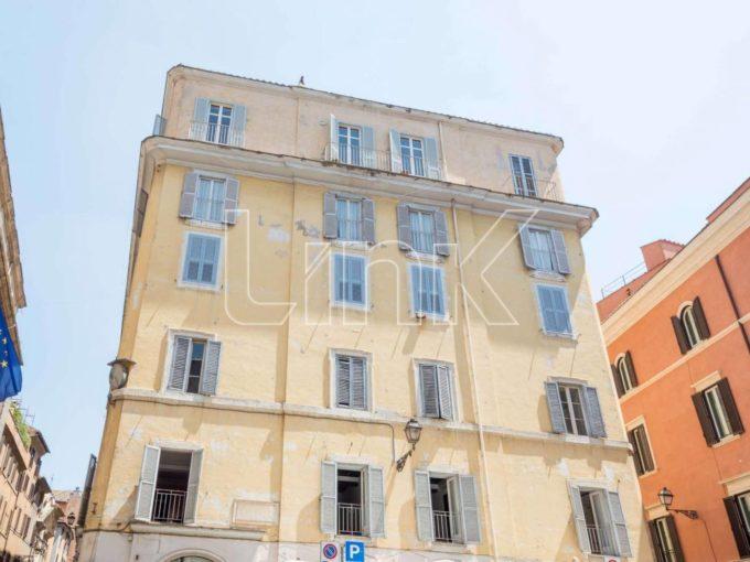 Appartamento in vendita via dei Prefetti, Roma