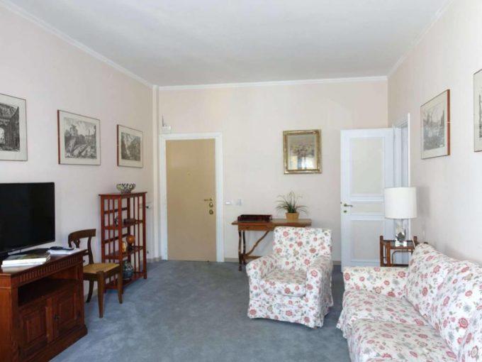 Appartamento in affitto via Andrea Giardina, Roma