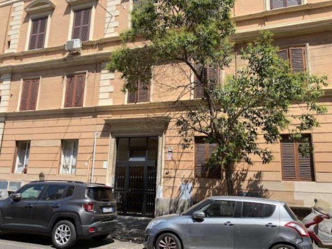 Appartamento in affitto via Santamaura, Roma